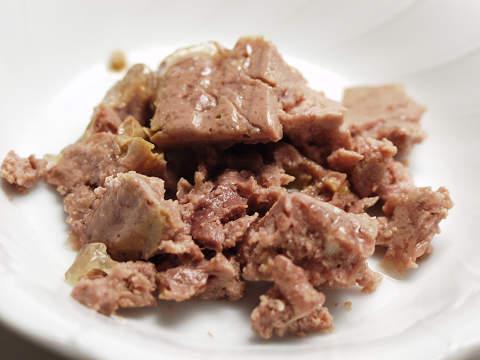 仔猫・牛肉と鶏肉